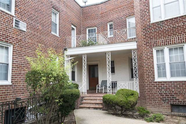 250 Central Avenue C 111, Lawrence, NY 11559 (MLS #3233245) :: Frank Schiavone with William Raveis Real Estate