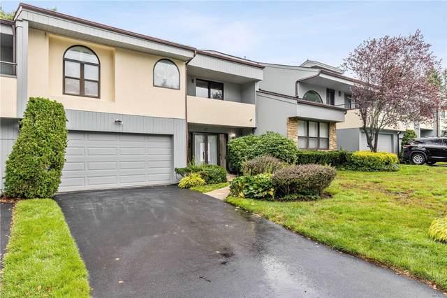 61 Eagle Chase, Woodbury, NY 11797 (MLS #3244665) :: Cronin & Company Real Estate