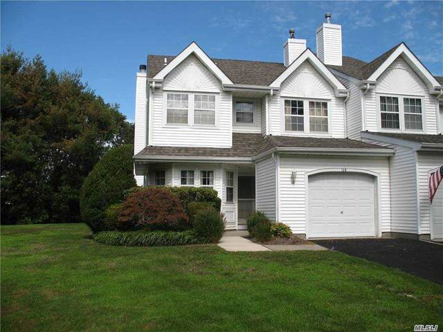 109 Northwood Court, Bayport, NY 11705 (MLS #3257323) :: Live Love LI