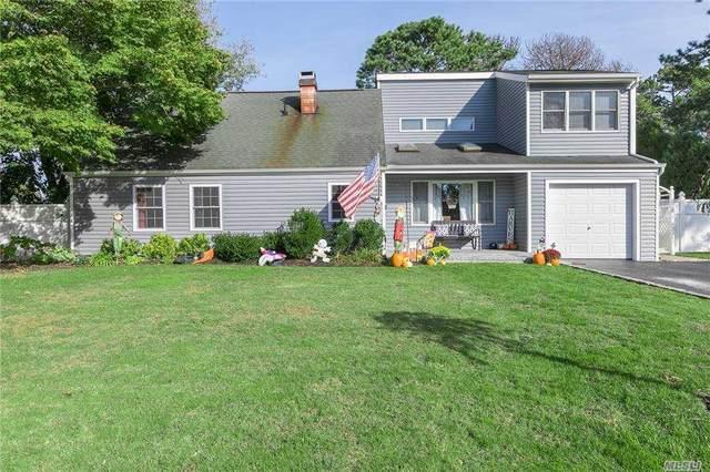 3 Silver Pine Drive, Medford, NY 11763 (MLS #3263312) :: Nicole Burke, MBA | Charles Rutenberg Realty