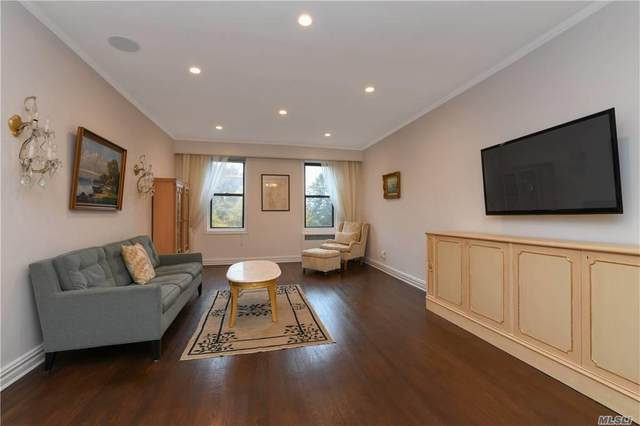 21 Barstow Road 4B, Great Neck, NY 11021 (MLS #3263908) :: Nicole Burke, MBA | Charles Rutenberg Realty
