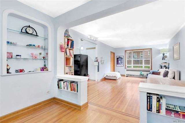 113-14 72nd Road 1-P, Forest Hills, NY 11375 (MLS #3268140) :: Nicole Burke, MBA | Charles Rutenberg Realty