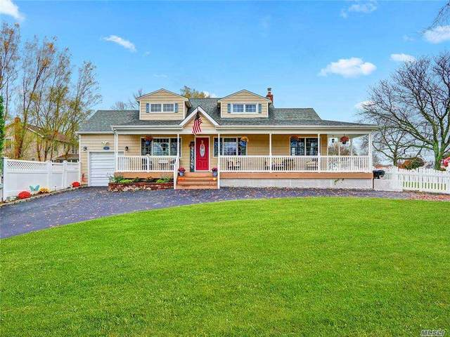 17 Phyllis Place, West Islip, NY 11795 (MLS #3268902) :: The Home Team