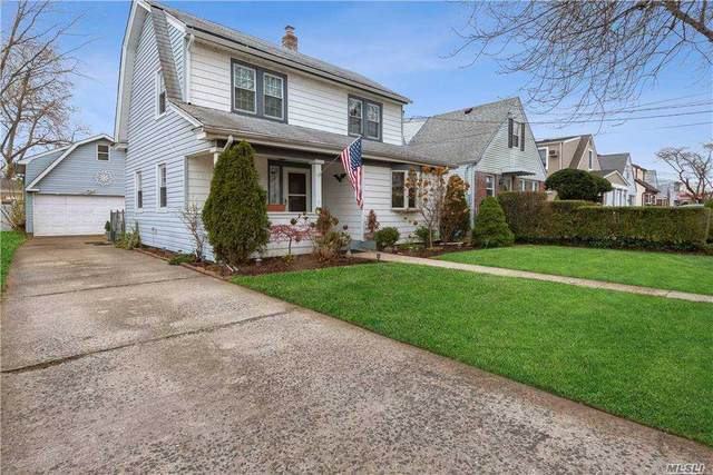 247 Latham Road, Mineola, NY 11501 (MLS #3270317) :: RE/MAX RoNIN
