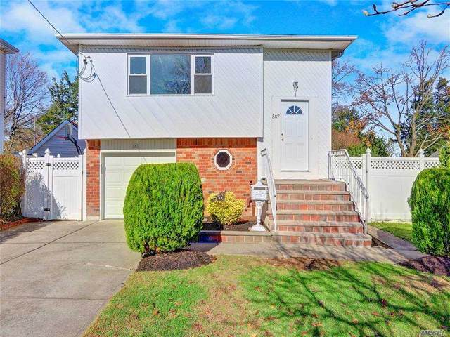 587 Northern Pkwy, Uniondale, NY 11553 (MLS #3270904) :: Mark Boyland Real Estate Team