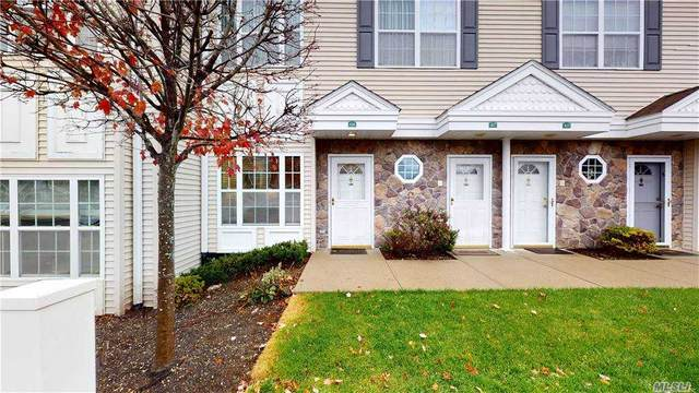 426 Autumn Dr, East Meadow, NY 11554 (MLS #3271534) :: Keller Williams Points North - Team Galligan