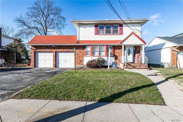 174 S Long Beach Road, Rockville Centre, NY 11570 (MLS #3277862) :: Frank Schiavone with William Raveis Real Estate