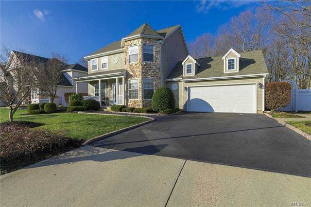 53 Summerfield Drive, Holtsville, NY 11742 (MLS #3280569) :: Kevin Kalyan Realty, Inc.