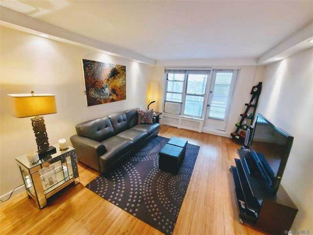 35-11 85th Street 8G, Jackson Heights, NY 11372 (MLS #3286790) :: The McGovern Caplicki Team