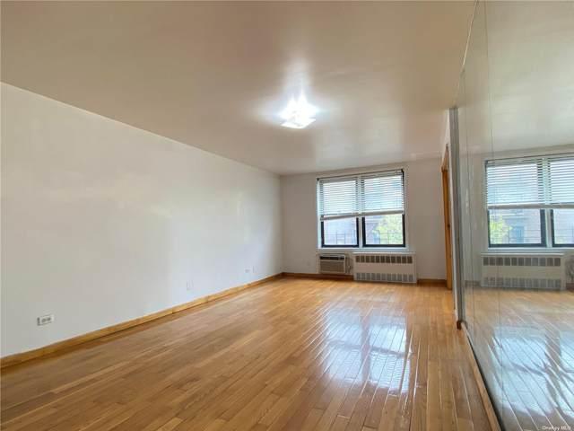 35-20 Leverich Street A503, Jackson Heights, NY 11372 (MLS #3291237) :: Barbara Carter Team