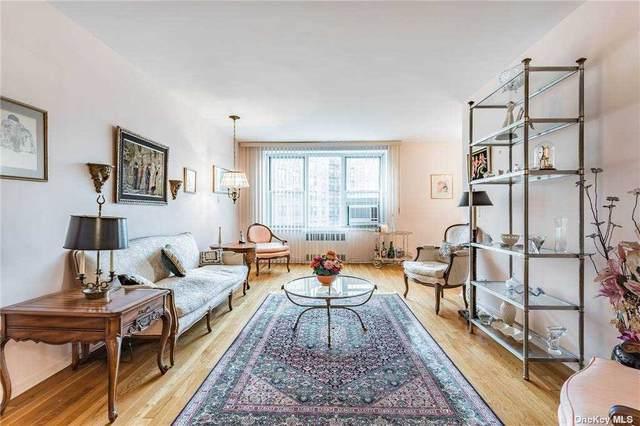 210-15 23rd Avenue 3-C, Bayside, NY 11360 (MLS #3293465) :: Carollo Real Estate