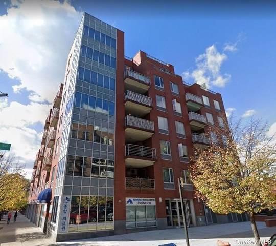 38-30 Parsons Boulevard 7G, Flushing, NY 11354 (MLS #3297086) :: Barbara Carter Team