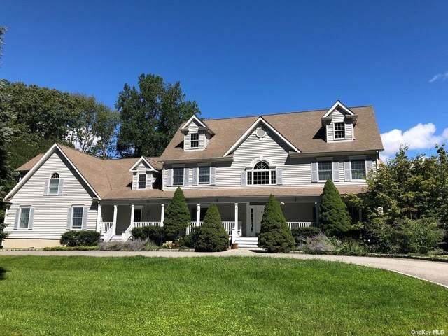 7 Woodway Road, Lewisboro, NY 10590 (MLS #3298115) :: Mark Boyland Real Estate Team