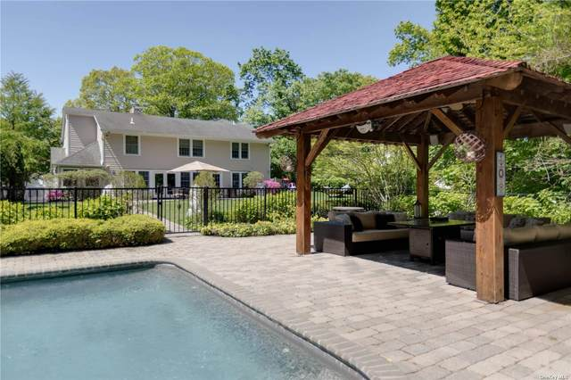 21 Old Town Lane, Huntington, NY 11743 (MLS #3300150) :: Carollo Real Estate