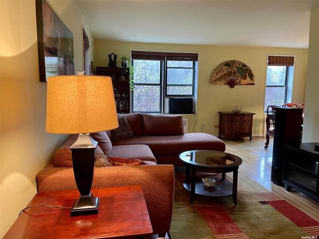 83-25 98th Street 3E, Woodhaven, NY 11421 (MLS #3301866) :: Signature Premier Properties