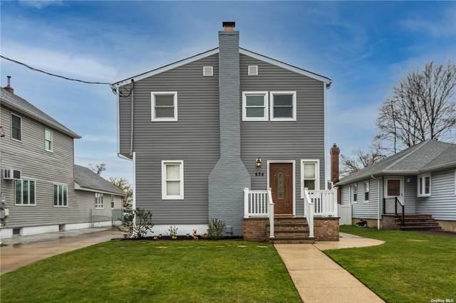 424 Linden Street, Bellmore, NY 11710 (MLS #3304139) :: Signature Premier Properties