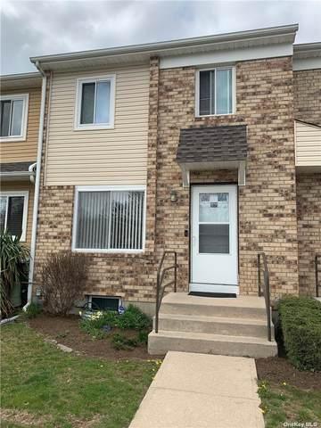 69 Town House Drive, Massapequa Park, NY 11762 (MLS #3304918) :: RE/MAX RoNIN