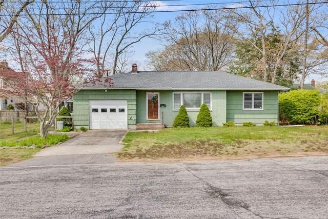 64 Lakeland Avenue, Patchogue, NY 11772 (MLS #3307241) :: Signature Premier Properties