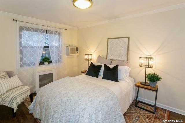 13 Terrace Circle 3D, Great Neck, NY 11021 (MLS #3308119) :: Shalini Schetty Team