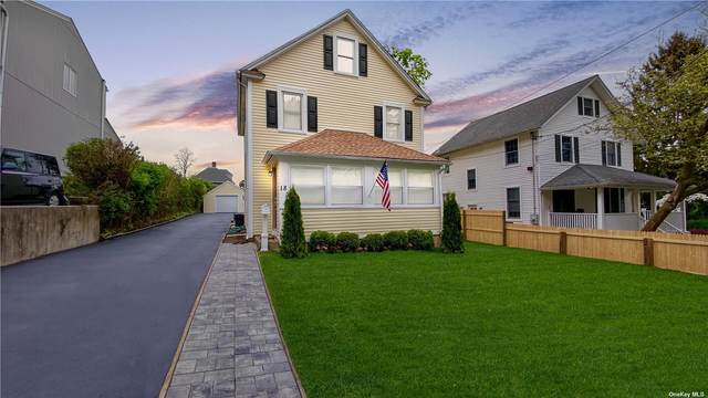 18 Capitol Court, Oyster Bay, NY 11771 (MLS #3309434) :: Carollo Real Estate