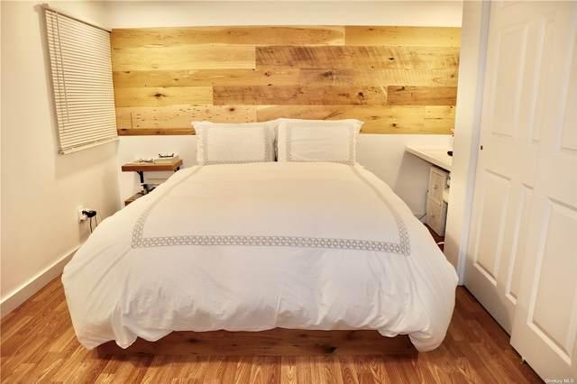 62 Ash Street, E. Quogue, NY 11942 (MLS #3309647) :: Carollo Real Estate