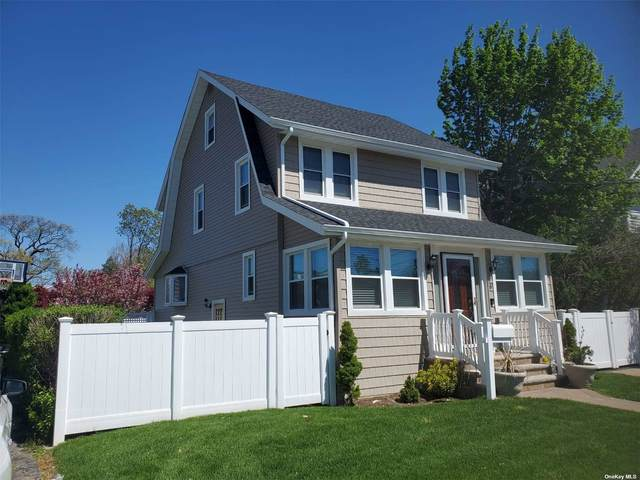 79 Cleveland Avenue, Rockville Centre, NY 11570 (MLS #3309776) :: Signature Premier Properties