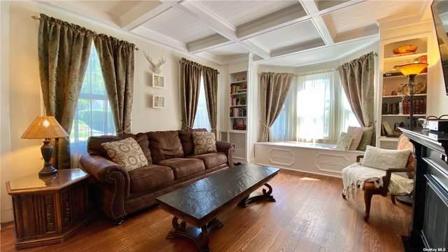 27 Tooker Avenue, Oyster Bay, NY 11771 (MLS #3309792) :: Carollo Real Estate