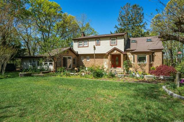 173 Terry Road, Smithtown, NY 11787 (MLS #3309920) :: Signature Premier Properties