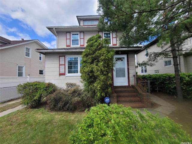 242-15 138 Avenue, Rosedale, NY 11422 (MLS #3310198) :: Keller Williams Points North - Team Galligan