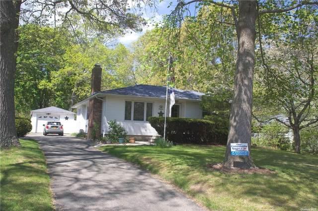19 Tulip Court, Moriches, NY 11955 (MLS #3312973) :: Carollo Real Estate