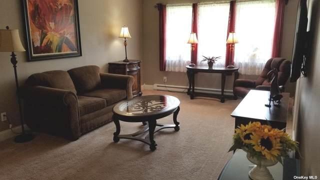 100 Connetquot #2, East Islip, NY 11730 (MLS #3313156) :: Carollo Real Estate