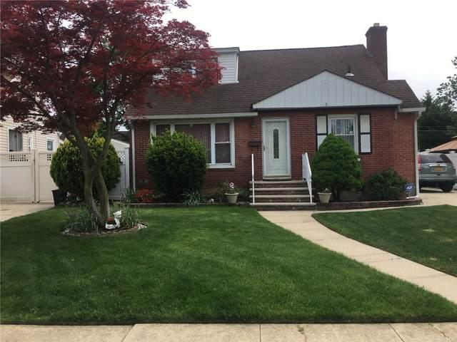 726 Midwood Street, Uniondale, NY 11553 (MLS #3313422) :: Nicole Burke, MBA   Charles Rutenberg Realty