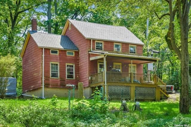 7 School Street, Bayville, NY 11709 (MLS #3313492) :: Carollo Real Estate
