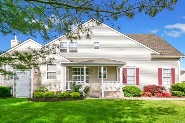 2 Meadow Pond Circle, Miller Place, NY 11764 (MLS #3314748) :: Shalini Schetty Team