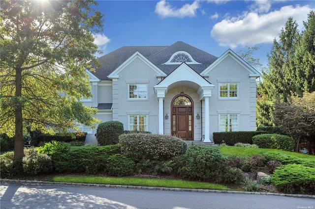 28 Stone Hill Drive, Manhasset, NY 11030 (MLS #3316461) :: Carollo Real Estate