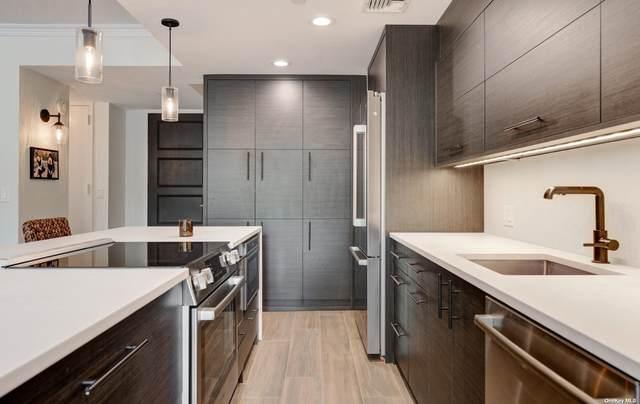 111 Cherry Valley Avenue M18, Garden City, NY 11530 (MLS #3316468) :: Cronin & Company Real Estate