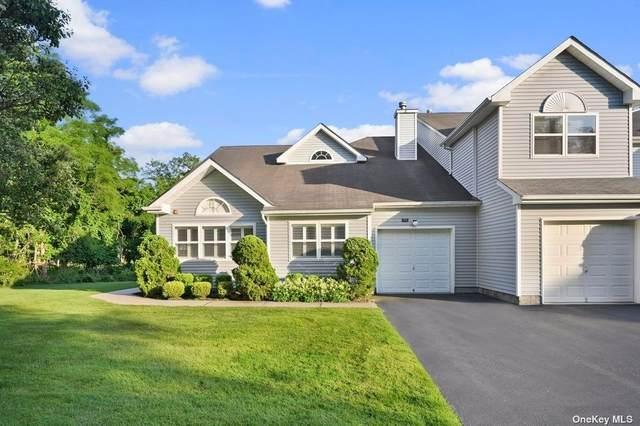 171 Hampton Vista Drive #171, Manorville, NY 11949 (MLS #3316813) :: Barbara Carter Team