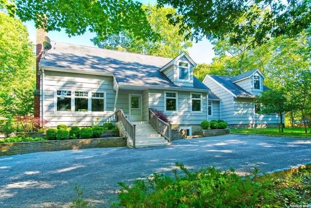 4 Scrimshaw Drive, Southampton, NY 11968 (MLS #3316929) :: Carollo Real Estate