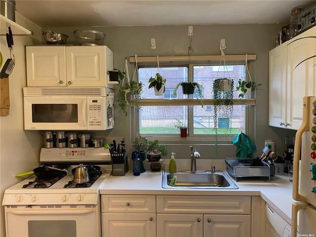 985 Fenwood Drive #1, Valley Stream, NY 11580 (MLS #3317779) :: Carollo Real Estate