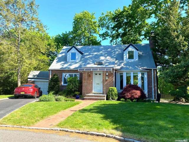 6 Brown Court, Great Neck, NY 11024 (MLS #3318673) :: Carollo Real Estate