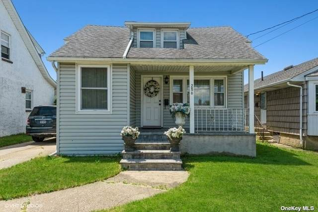 286 Eagle Avenue, W. Hempstead, NY 11552 (MLS #3320036) :: Nicole Burke, MBA   Charles Rutenberg Realty