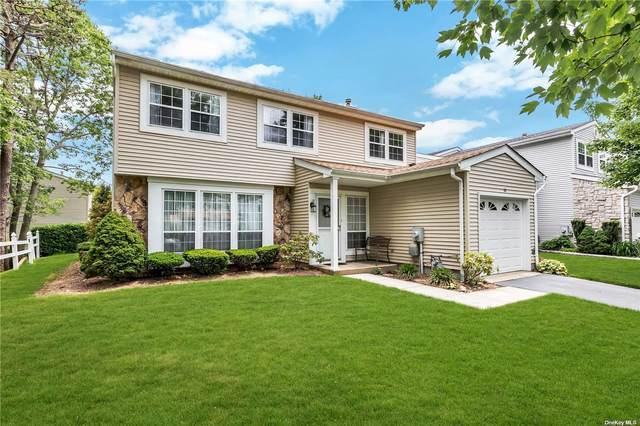 11 Colony Drive #11, Holbrook, NY 11741 (MLS #3321146) :: Shalini Schetty Team