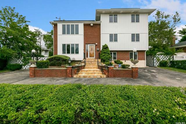 37 Lincoln Street, Farmingdale, NY 11735 (MLS #3321214) :: Mark Boyland Real Estate Team