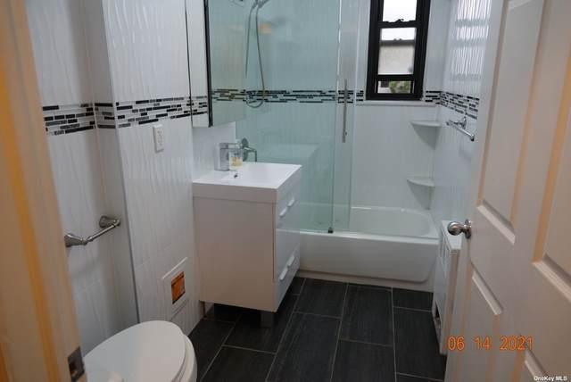 246-29 57 Drive L, Douglaston, NY 11362 (MLS #3321341) :: Cronin & Company Real Estate