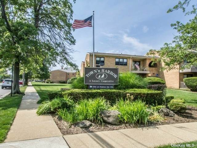 12 Florence Avenue 29 B, Freeport, NY 11520 (MLS #3321519) :: Carollo Real Estate