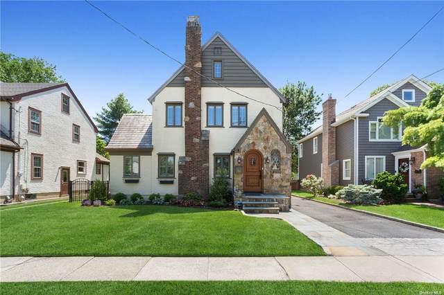 122 Marvin Avenue, Rockville Centre, NY 11570 (MLS #3321590) :: Carollo Real Estate