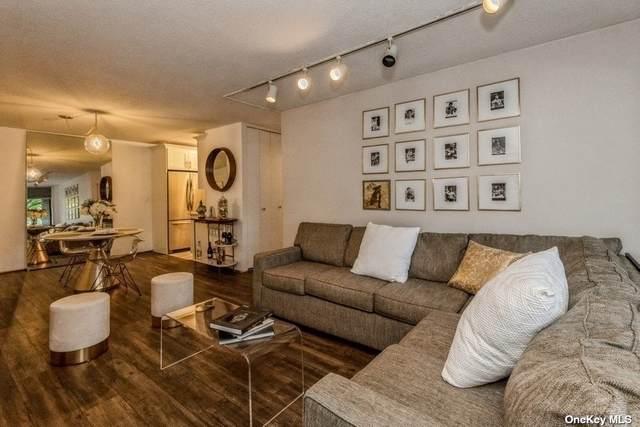 2 Bay Club Drive 1-O, Bayside, NY 11360 (MLS #3322555) :: McAteer & Will Estates | Keller Williams Real Estate