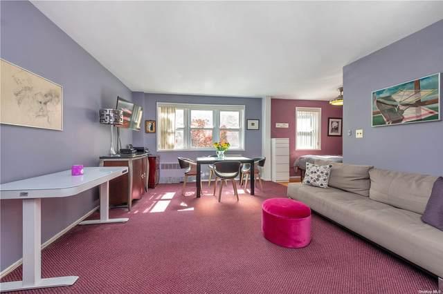 16 Canterbury 1H, Great Neck, NY 11021 (MLS #3323162) :: Carollo Real Estate