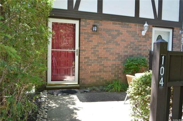 104 Birchwood Road #104, Medford, NY 11763 (MLS #3323660) :: Frank Schiavone with Douglas Elliman