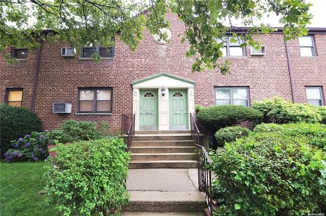 58-67 246 Crescent Lower, Douglaston, NY 11362 (MLS #3328833) :: Carollo Real Estate